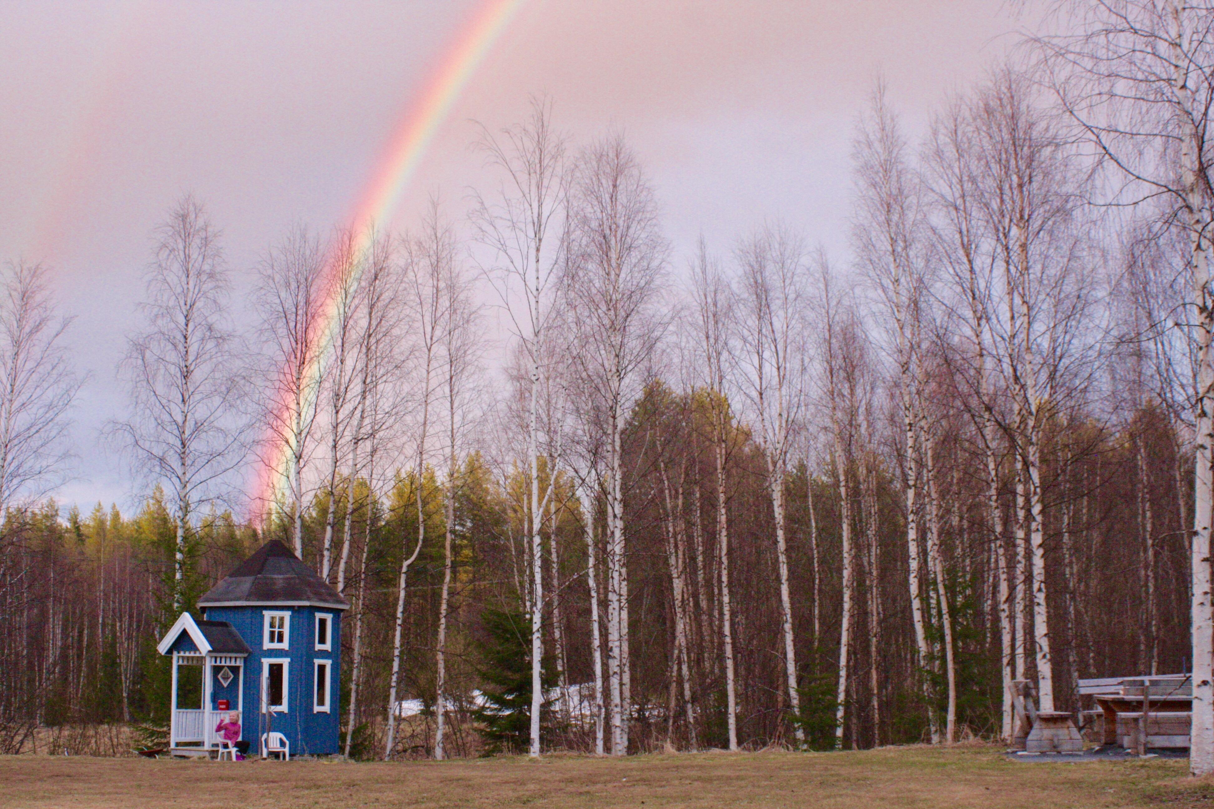 muminhus med regnbåge