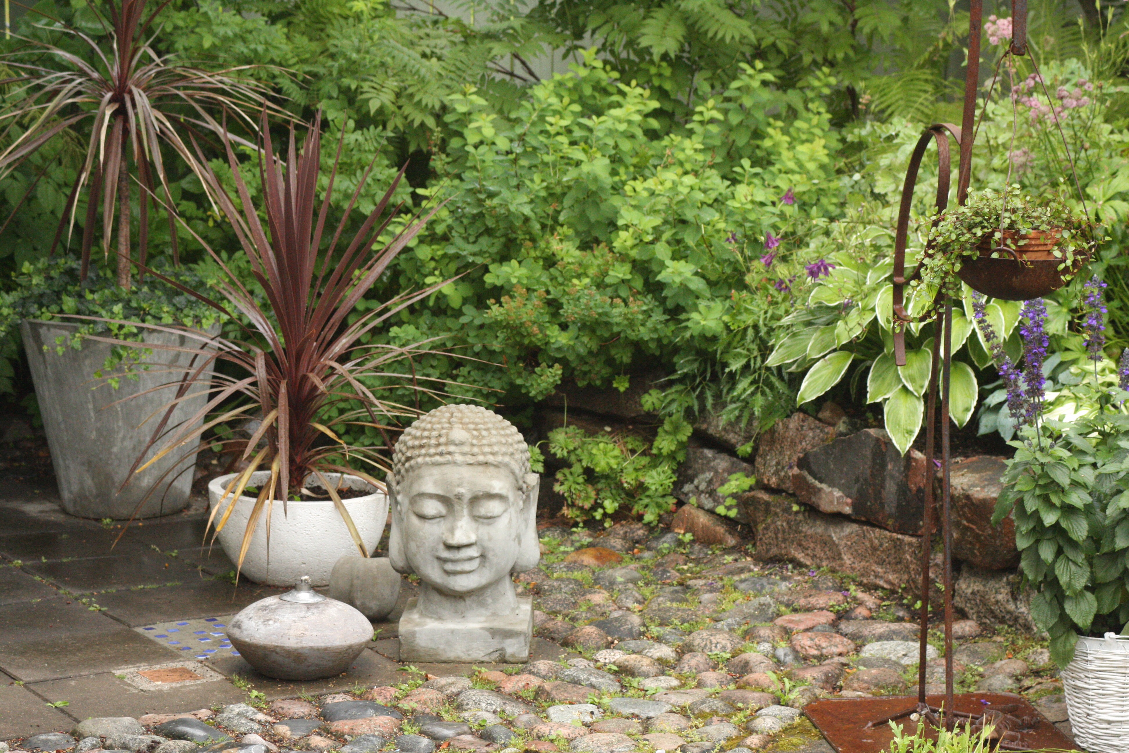 garden buddah