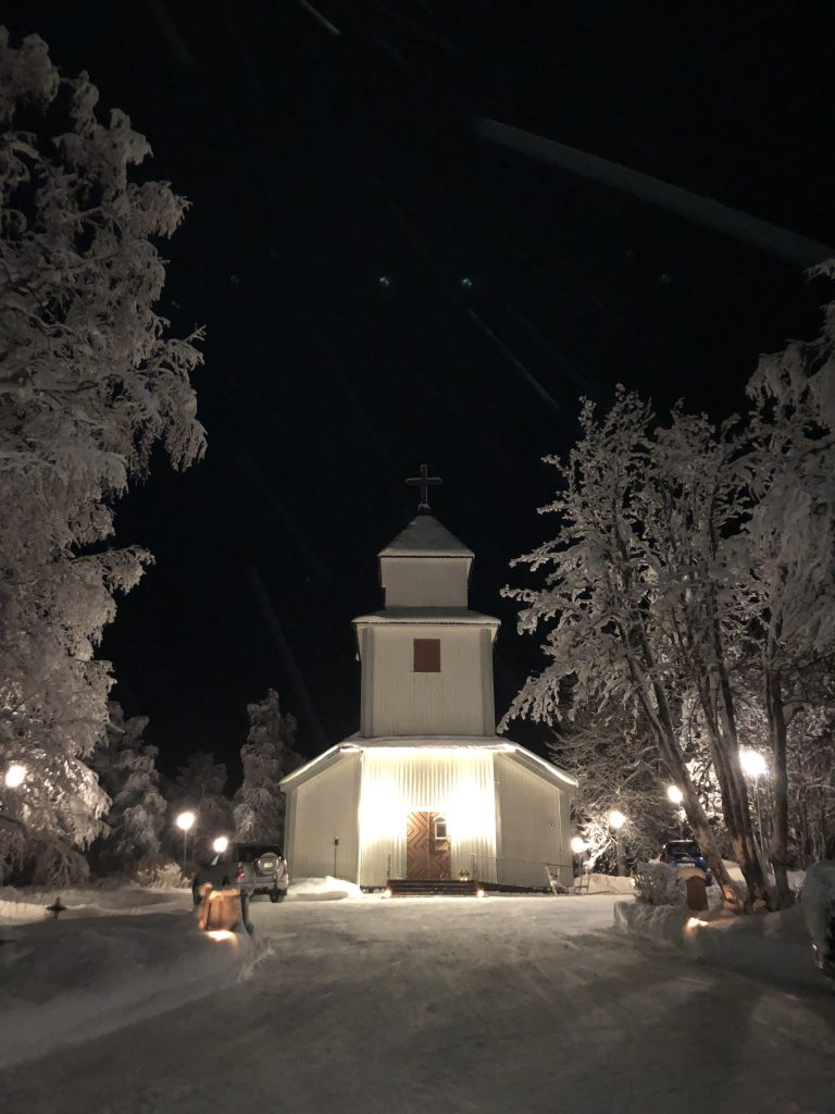 Dikanäs kyrka